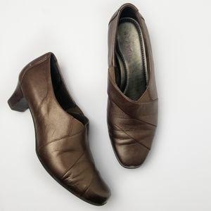Aravon New Balance Elizabeth Slip-On Dress Loafer